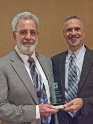 Dr. Thomas Nardi wins Award
